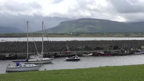 Ireland-Mullaghmore-Harbor-Pan