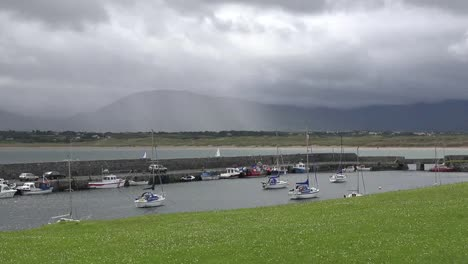Ireland-Mullaghmore-Rain-Over-Ben-Bulbin-Pan