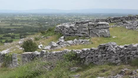 Ireland-Landscape-With-Stone-Walls-Pan