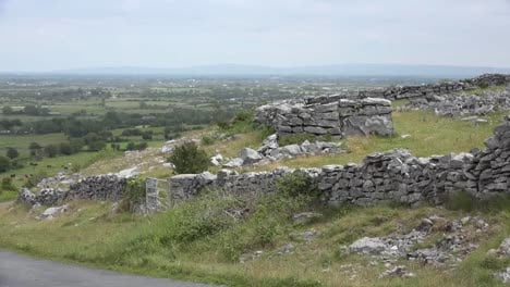 Ireland-Landscape-With-Stone-Walls