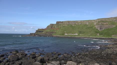 Northern-Ireland-Giants-Causeway-Distant-Cliff-Views