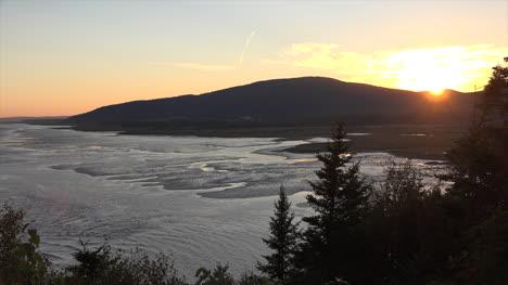 Canada-New-Brunswick-Coast-As-The-Sun-Sets-Time-Lapse