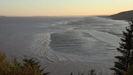 Canada-New-Brunswick-Tide-Comming-In-On-Flats-Time-Lapse