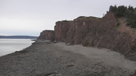 Canada-Nova-Scotia-Cliffs-Along-Bay-Of-Fundy-Beach