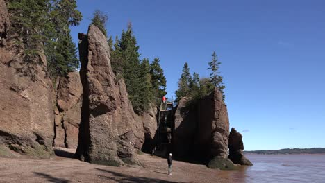 Canada-Escape-Ladder-At-Hopewell-Rocks