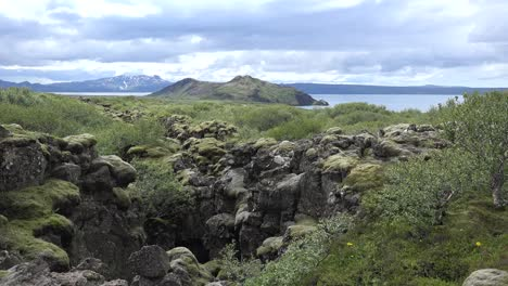 Iceland-Golden-Circle-View-Of-Fault-And-Lake