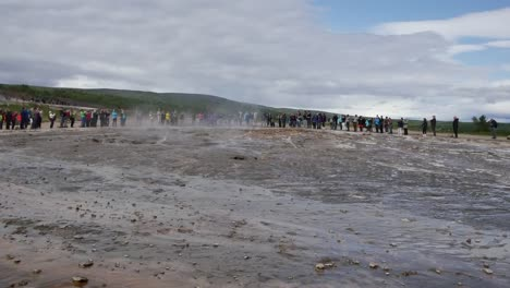 Iceland-Haukadalur-Strokkur-Geyser-Goes-Into-Eruption-