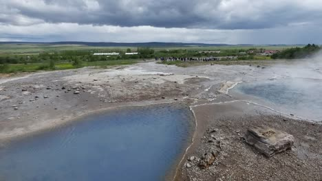 Iceland-Haukadalur-Geothermal-Valley-With-Pools
