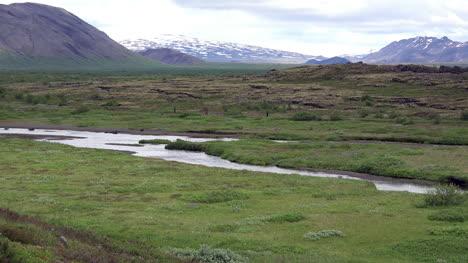 Iceland-Pingvellir-Meandering-River