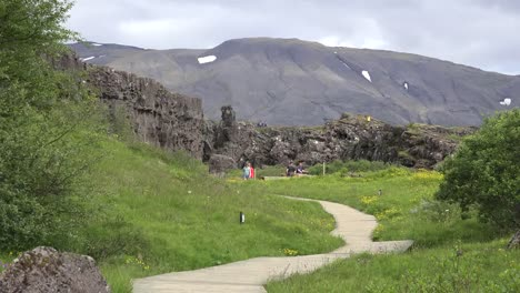 Iceland-Pingvellir-Path-From-Cliffs-Of-The-Rift-