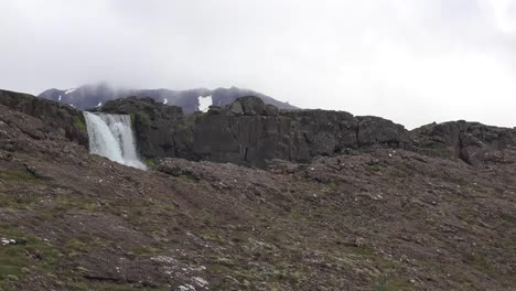 Iceland-Pingvellir-Waterfall-Plunges-Over-Cliff