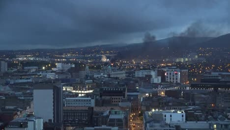 Irlanda-Del-Norte-Belfast-Und�cima-Noche-Hoguera-Y-Subir-Esfera-Escultura-Vista-Northern-Ireland-Belfast-Eleventh-Night-Bonfire-And-Rise-Sphere-Sculpture-View