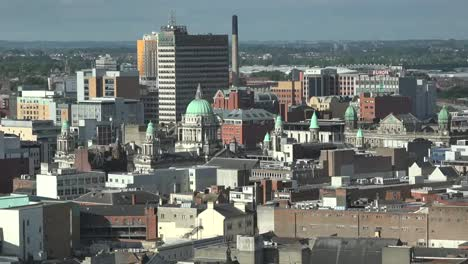 Northern-Ireland-Belfast-City-View-With-City-Hall-Zoom-To-Dome