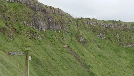Northern-Ireland-Giants-Causeway-Red-Trail-