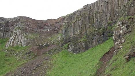 Northern-Ireland-Giants-Causeway-Cliffs-And-Erosion-