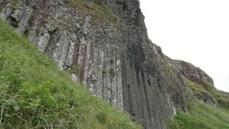 Northern-Ireland-Giants-Causeway-Columns-And-Grass-