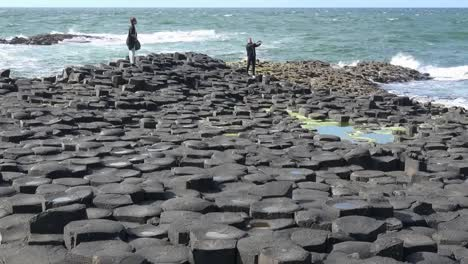 Northern-Ireland-Basalt-Columns-And-Sea-On-Giants-Causeway-Zoom-In-