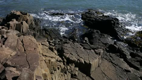 Canada-Bay-Of-Fundy-Looking-Down-On-Rocks