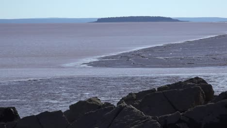 Canada-Bay-Of-Fundy-Tide-Going-Out