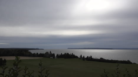 Canada-Bay-Of-Fundy-Under-Cloudy-Sky
