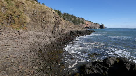 Canada-Bay-Of-Fundy-Waves-And-Rocky-Shore