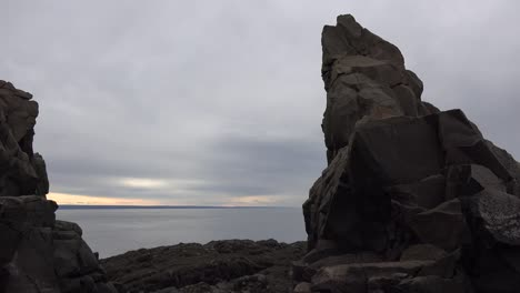 Canada-Nova-Scotia-Rocks-Frame-Bay-Of-Fundy