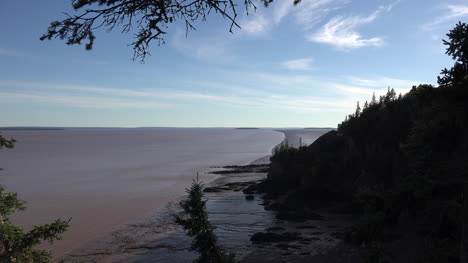 Canada-Blue-Sky-Over-The-Bay-Of-Fundy-At-Low-Tide