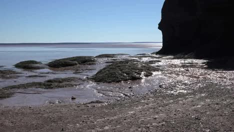 Canada-View-Of-The-Edge-Of-The-Bay-Of-Fundy