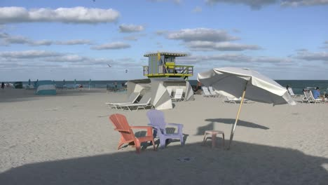 Florida-Miami-Beach-Chairs-And-Lifeguard-Stand-4k