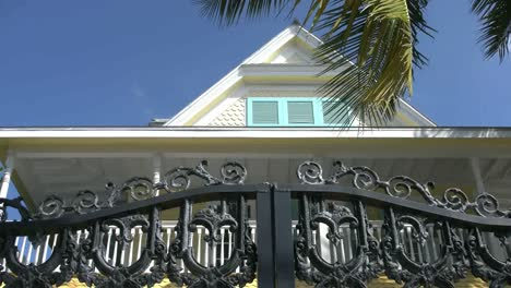Florida-Key-West-Traditional-House