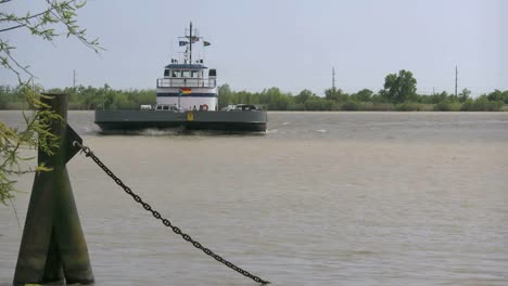 Louisiana-Mississippi-River-Ferry-Coming-Time-Lapse