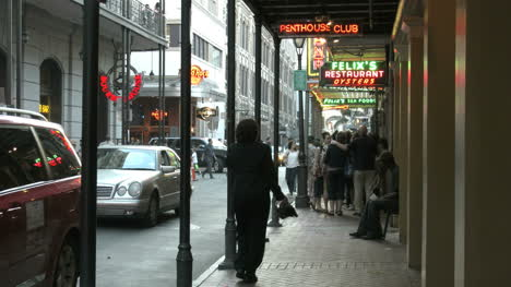 New-Orleans-French-Quarter-Evening-Neon-Glow