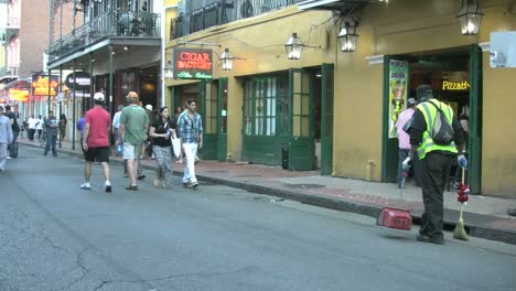 New-Orleans-French-Quarter-Evening-Street-Sweeper