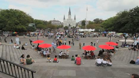 Paraguas-De-Nueva-Orleans-Jackson-Square-Con-Paraguas-Rojos