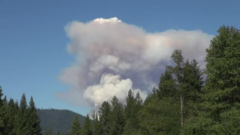 California-Forest-Fire-Smoke-Time-Lapse