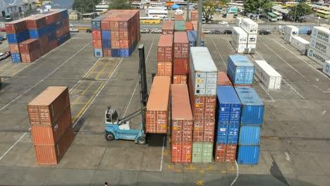 Fiji-Suva-Docks-Placing-Container