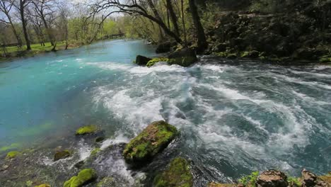 Missouri-Current-River-At-Fast-Flowing-Big-Spring