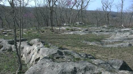 Missouri-Landscape-With-Rocks