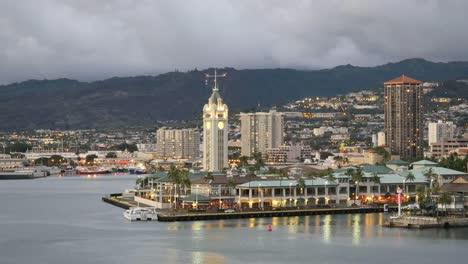 Oahu-Honolulu-Aloha-Tower-Lights