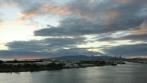 Oahu-Honolulu-Harbor-With-Clouds