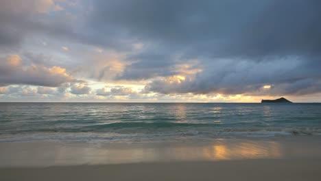 Oahu-Waimanalo-Beach-Beautiful-Dawn-View