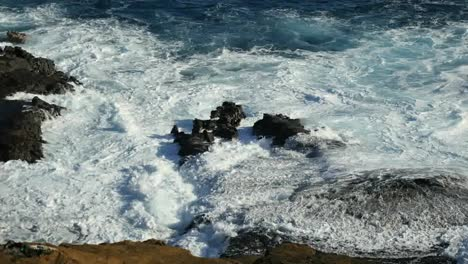 Oahu-Dramatic-Detail-Of-Waves-On-Rocks-Mov