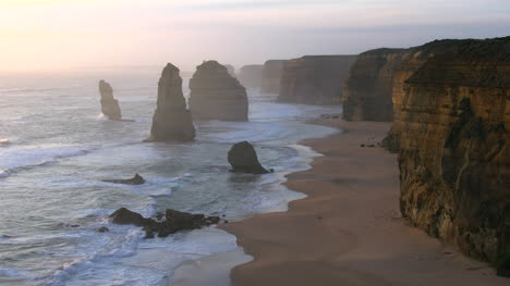 Australia-Great-Ocean-Road-12-Apostles-Grey-With-Cliffs