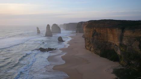 Australia-Great-Ocean-Road-12-Apostles-Late-Afternoon