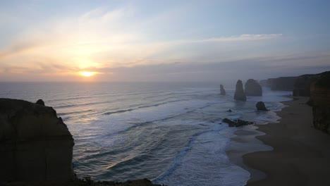 Australia-Great-Ocean-Road-12-Apostles-Sunset-And-Bird