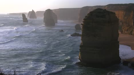 Australia-Great-Ocean-Road-12-Apostles-Zoomed-In