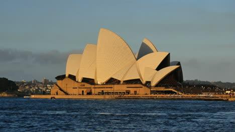 Australia-Sydney-Opera-House-Golden-Light-In-Late-Evening