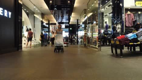 Australia-Sydney-Shopping-Mall