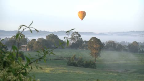 Australia-Yarra-Valley-Balloon-In-Morning