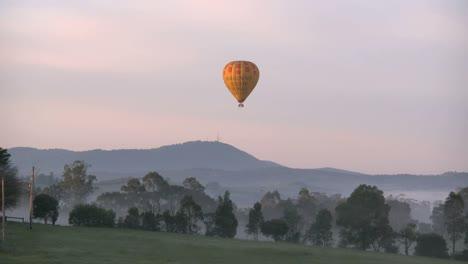 Australia-Valle-Yarra-Amanecer-Globo-Descendente-Australia-Yarra-Valley-amanecer-Balloon-descendente